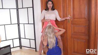 Anal gratification for butt plug loving lesbians Zafira and Cherry Kiss