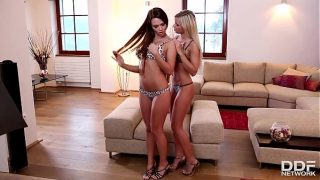 Lesbian Couple Lola N. & Frida Get Down For Licking And Fingering